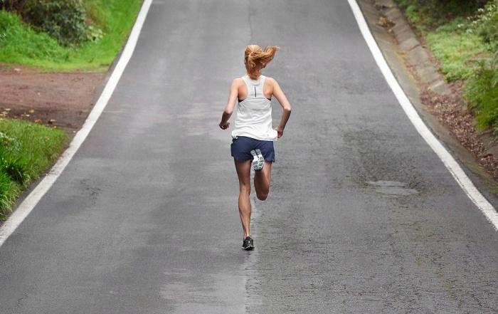 Træn langsomt - løb hurtigt. Vejen til bedre løbetider går over en række stille og rolige træningspas.